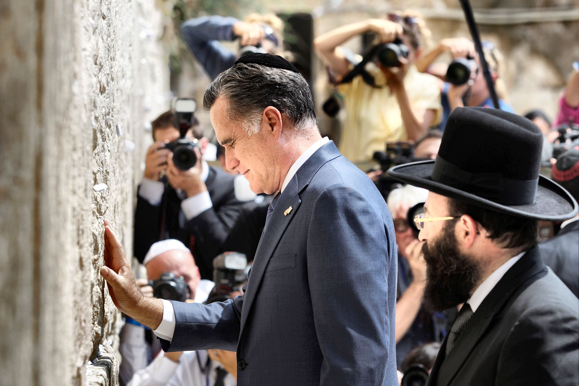 Image result for mitt romney at the wailing wall